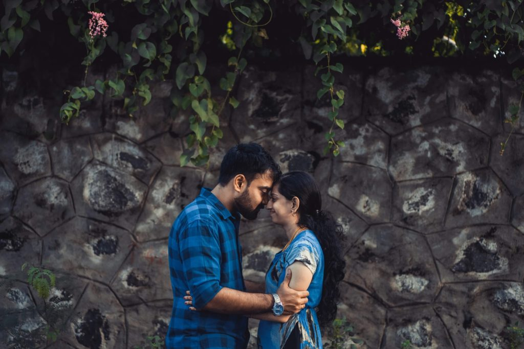 The Cute-head bump pose for your pre-wedding photoshoot